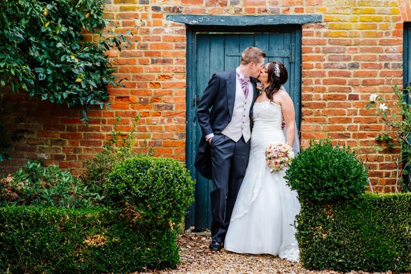 Sarah & James Preview - Chicheley Hall Wedding_0006