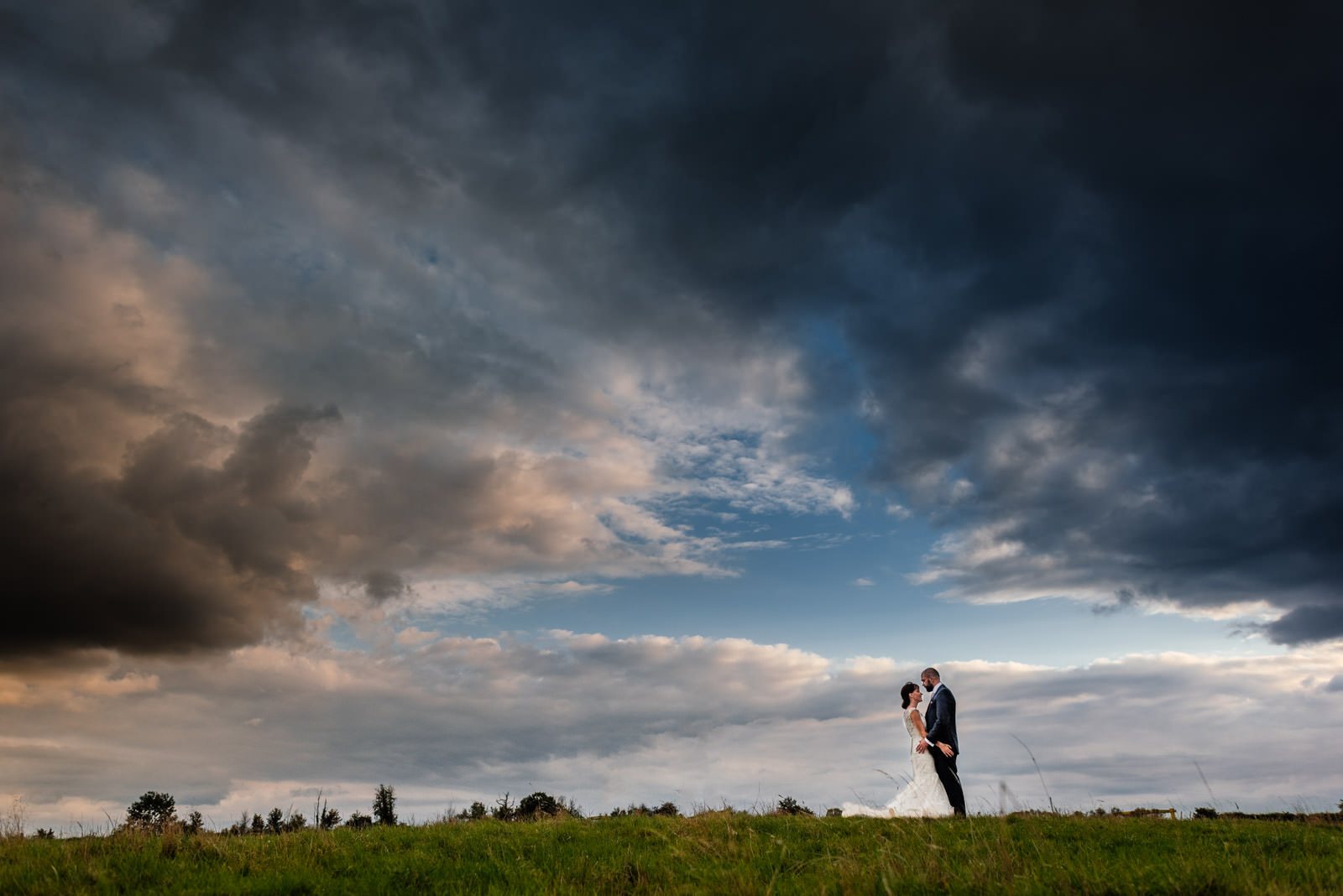 Bride & Groom big sky photo