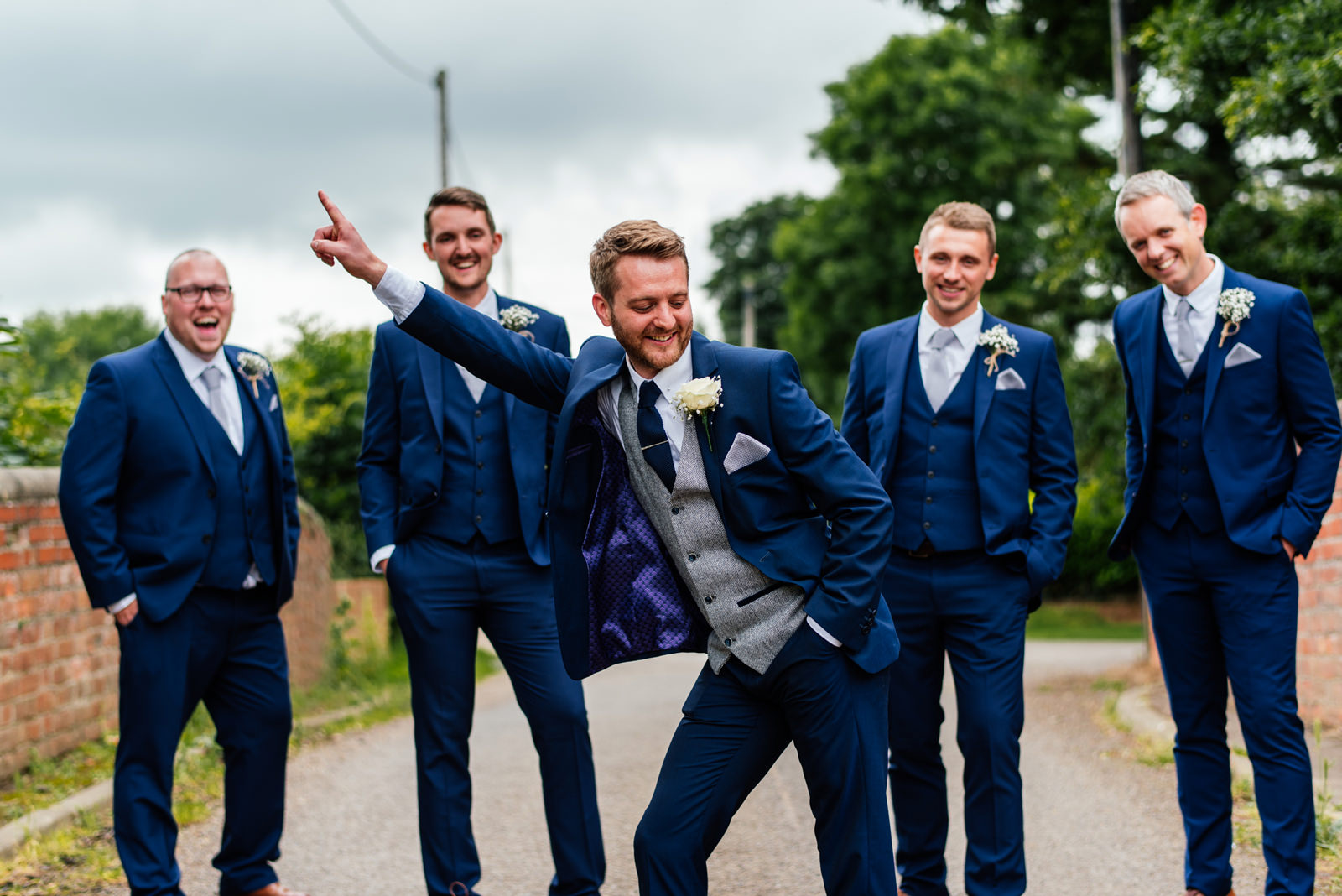 funny groom shot
