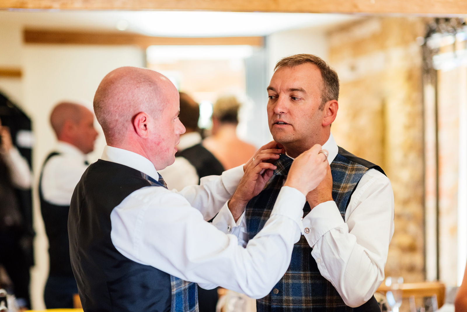 groom prep on wedding day