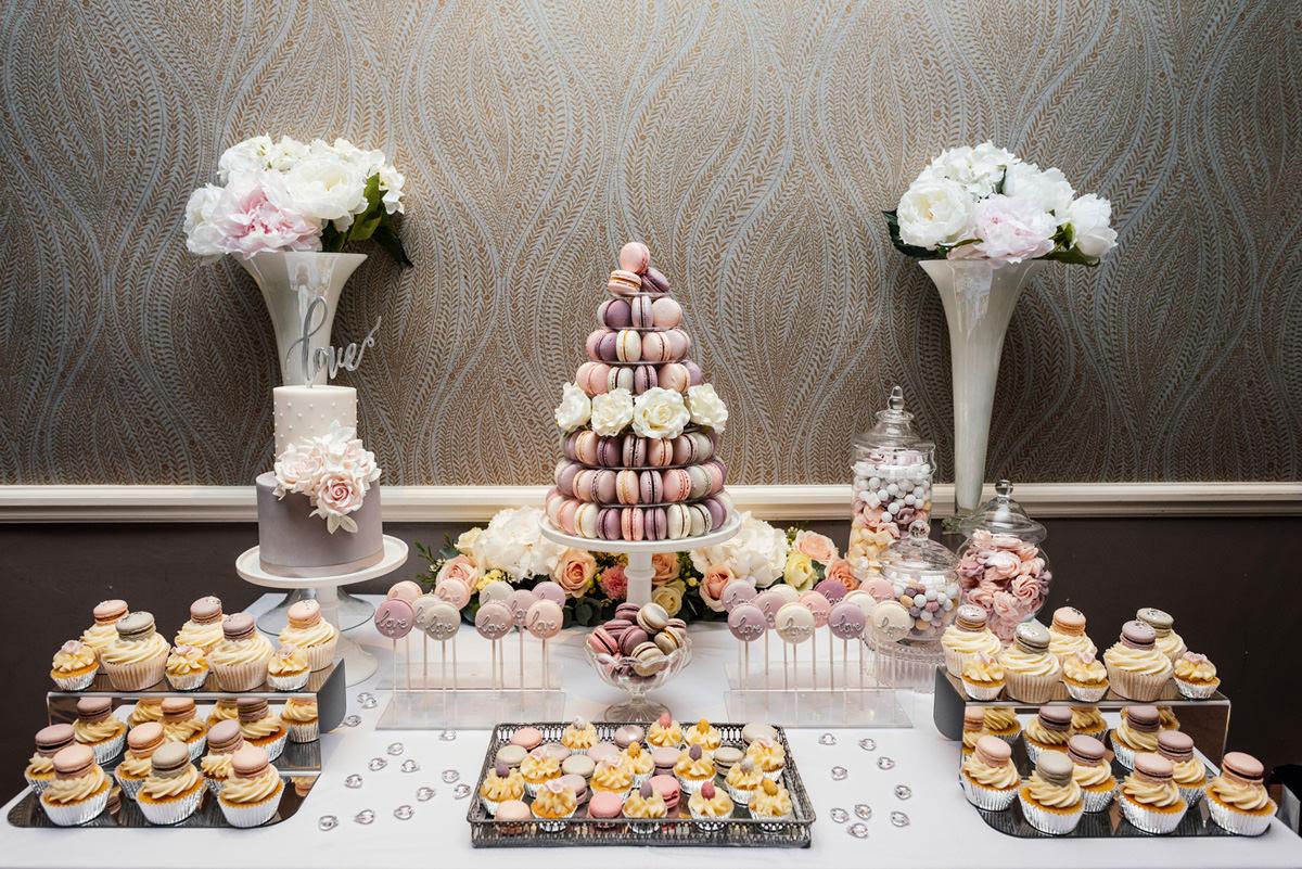 sweet treats macaroons and cupcakes