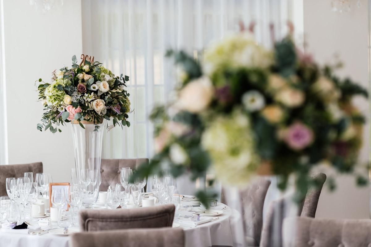wedding flowers centre pieces