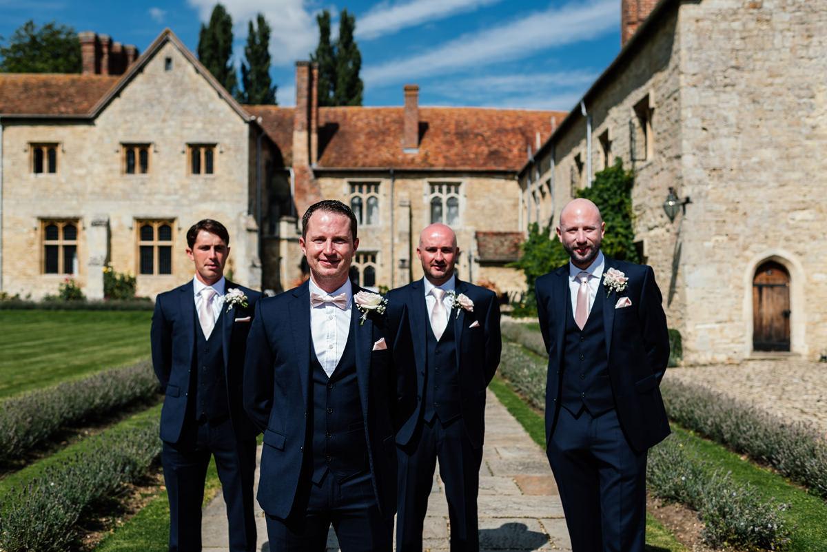 groomsmen group photo