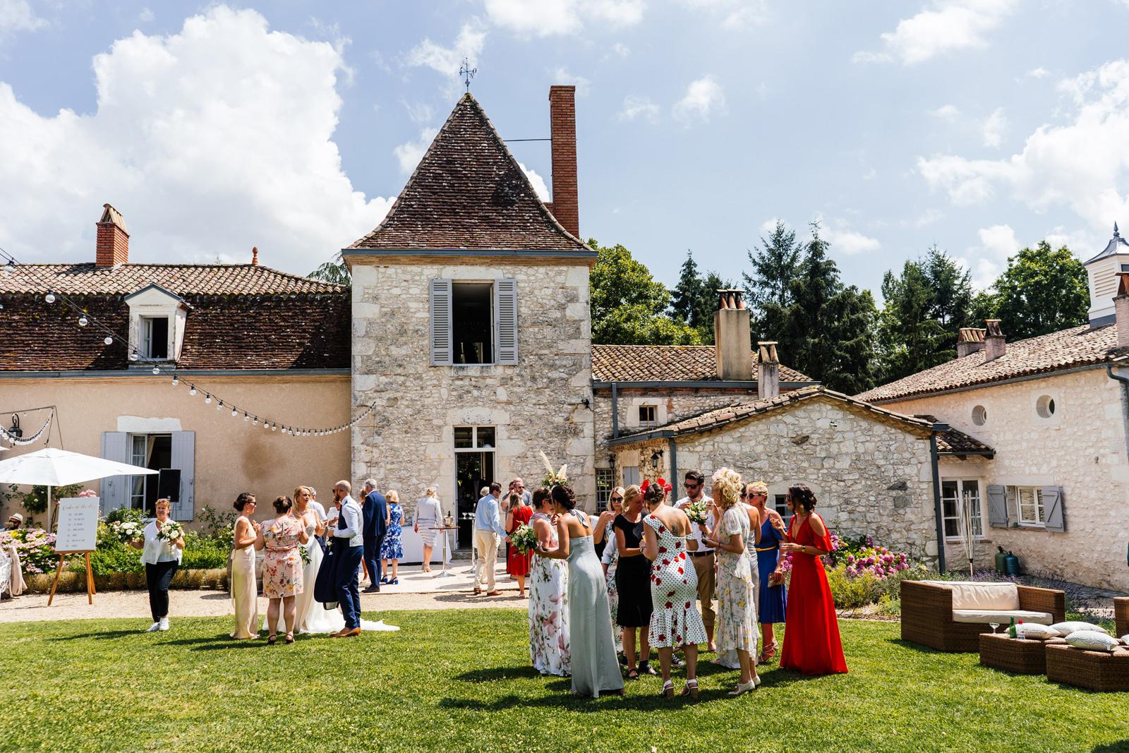chateau lacanaud looking splendid in the summer sunshine