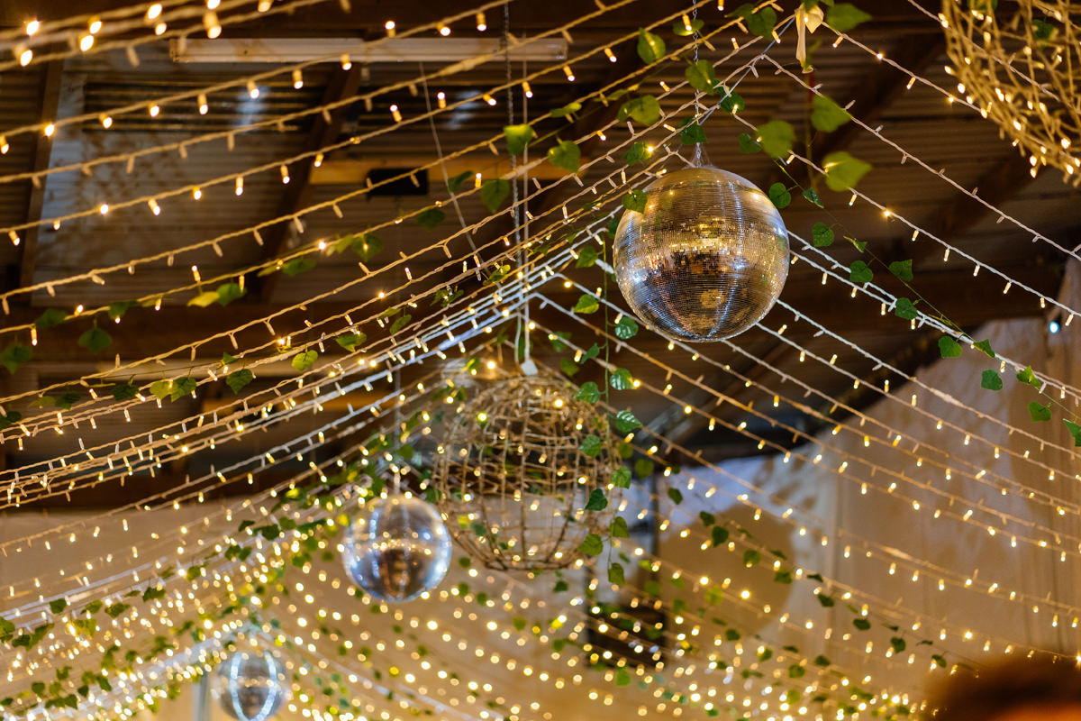 glitter balls and pea lights