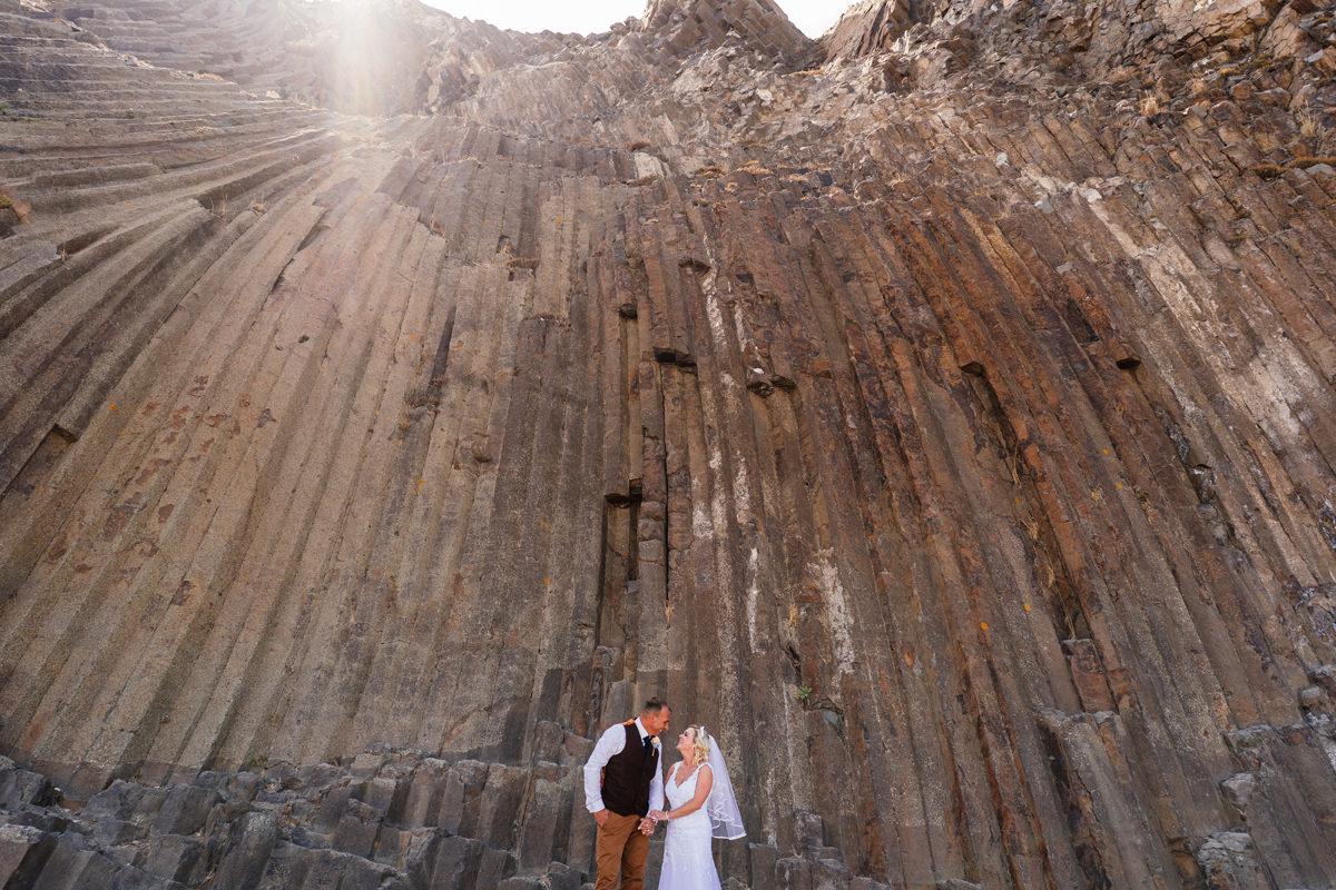 bride and groom portrait at Pico de Ana Ferreira