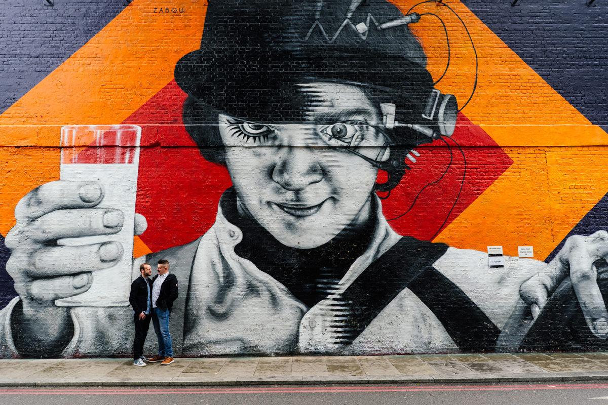 London graffiti pre-wedding shoot