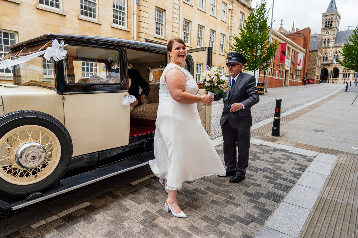 Bride arriving at the Northampton Derngate